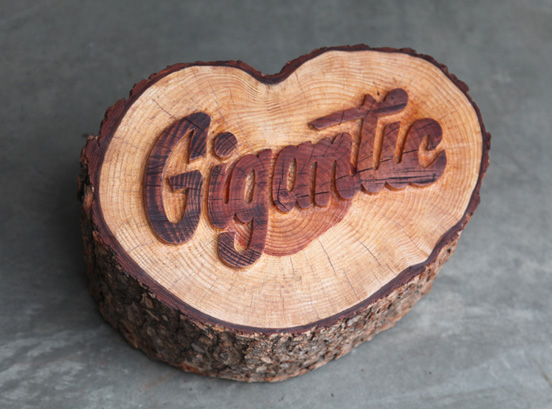 EM Gigantic Carving