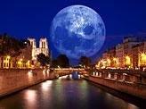 Paris Moon Light