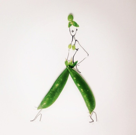Artist_Gretchen_Roehrs_Finishes_Her_Fashion_Illustrations_with_a_Variety_of_Fruit_and_Vegetables_2015_07