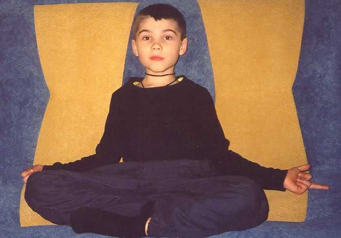 Macintosh HD:Users:brittanyloeffler:Downloads:Upwork:Russian Kid:1-kid-from-mars-sitting-1.jpg