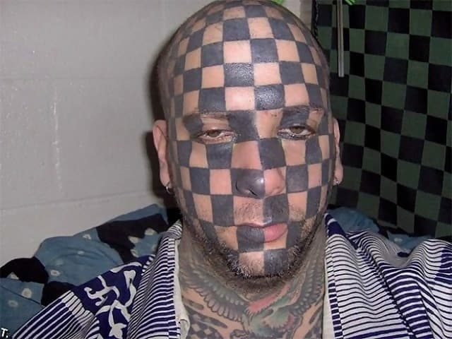 Macintosh HD:Users:rjackson:Desktop:DTF:DTF Epic Tattoo Fails:NOT USED:MISC. BAD TATS:T10.jpg
