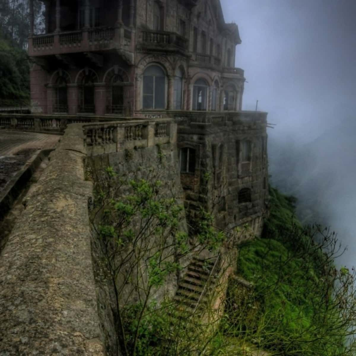 The 38 Most Haunted Abandoned Places on Earth