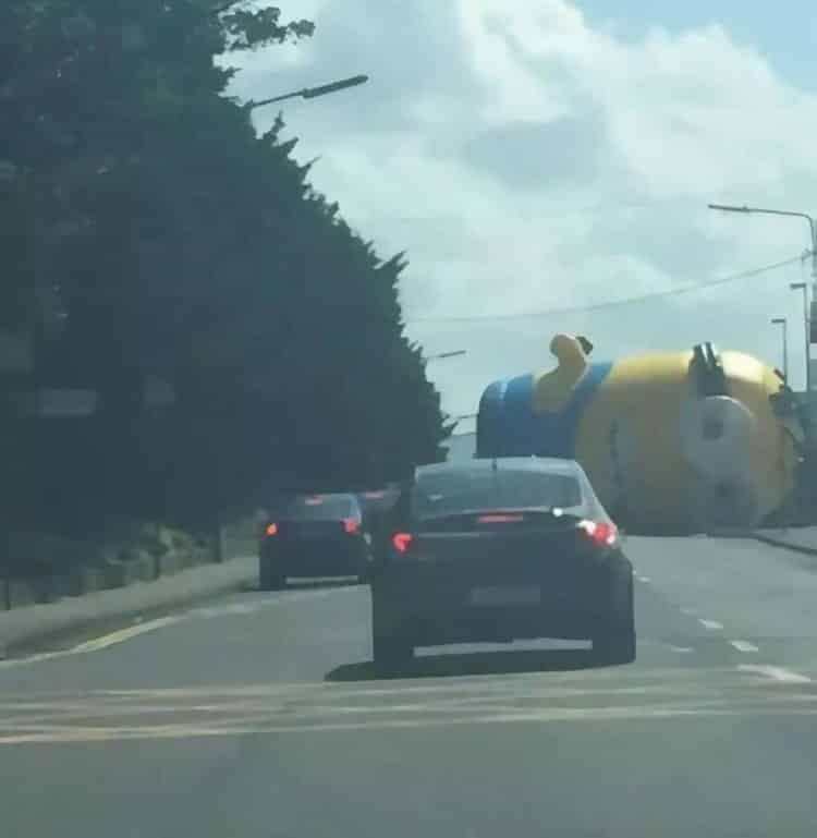 Giant Minion on the Road