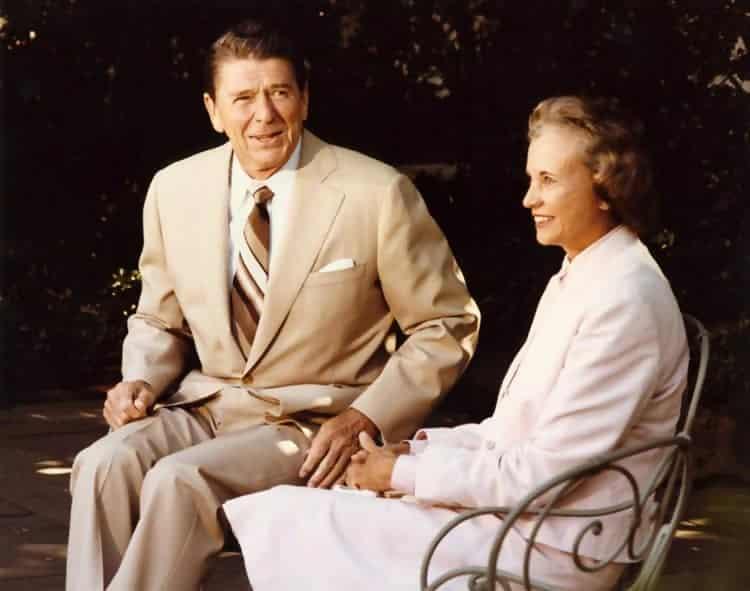 Macintosh HD:Users:brittanyloeffler:Downloads:Upwork:Women's Rights:President_Reagan_and_Sandra_Day_OConnor1.jpg