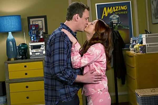 Macintosh HD:Users:brittanyloeffler:Downloads:Upwork:Kissing:refused-kiss-alyson-hannigan-jason-segel.jpg